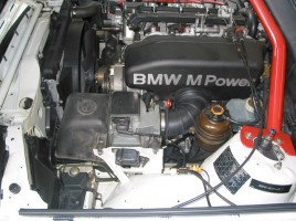 E30 M3 engine with stock AFM